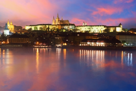 praha: Prague Castle from river at sunrise in Czech republic