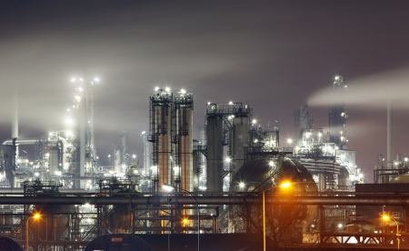 greenhouse gas: Petrochemical plant in night