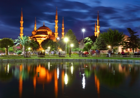blue mosque: Blue mosque - Istanbul , Turkey