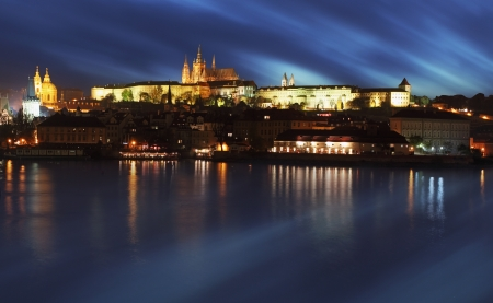 praha: Prague Castle from river at sunrise, Czech republic Editorial