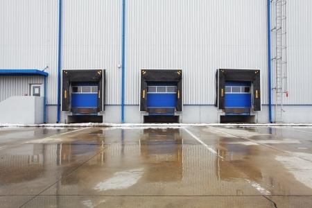 loading bay: row of old loading docks