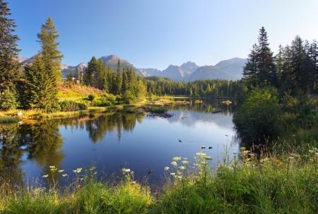 Nature mountain scene with beautiful lake in Slovakia Tatra - Strbske pleso Reklamní fotografie