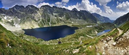 Mountain lake with reflection Stock Photo - 19320233