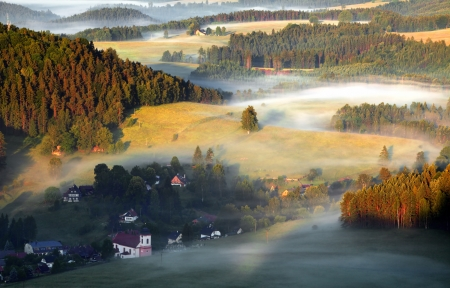 cameron: misty morning in Saxony Switzerland Stock Photo