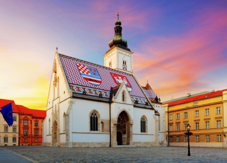 bandera de croacia: Zagreb Iglesia - San Marcos Foto de archivo
