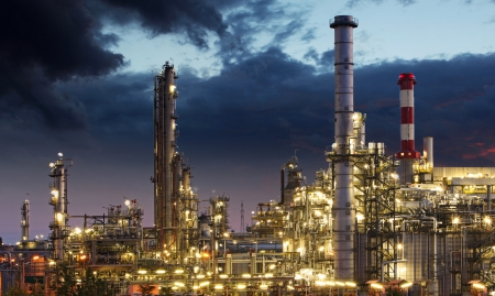 gas supply: Oil refinery factory