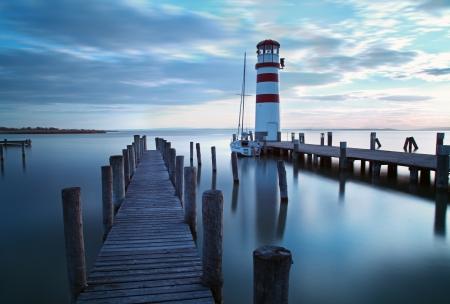 pacífico: Oceano, cais mar - farol Imagens