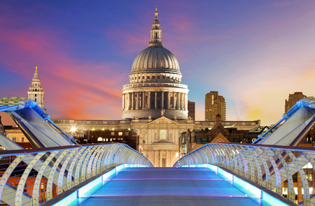 london night: Millennium Bridge leads to Saint Paul, London, UK