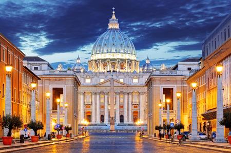 바티칸에있는 성 베드로의 교황의 대성당 (바티에있는 성당 Papale 디 산 피에트로) 스톡 콘텐츠