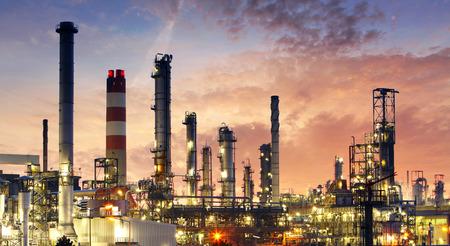 industria petroquimica: Factory - la industria de petróleo y gas