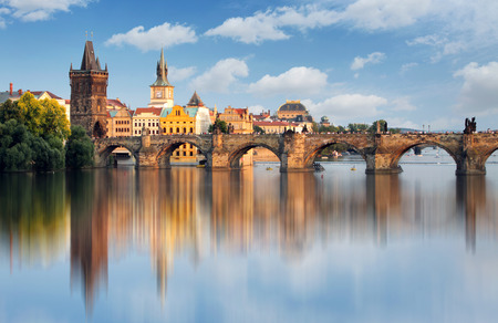 Charles bridge in Prague, Czech republic Imagens