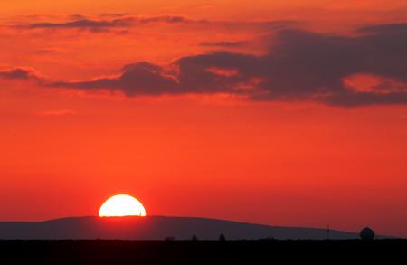 red sky: Red sunrise over horizon