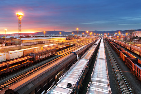 freight train: Train freight - Cargo railroad industry