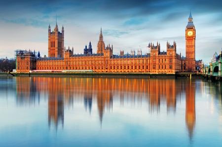 Chambres du Parlement - Big Ben, Angleterre, RU