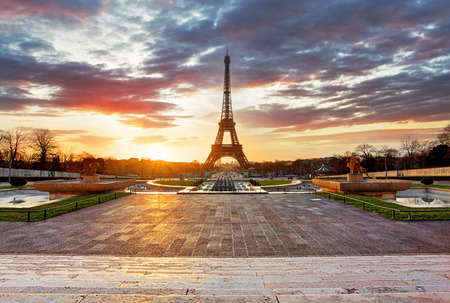 eiffel tower: Paris, Eiffel tower at sunrise.