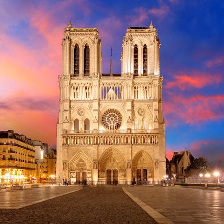 iglesia: Paris - Notre Dame Foto de archivo