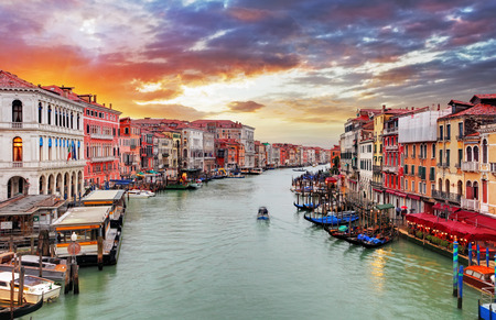 canals: Venice - Rialto bridge and Grand Canal Stock Photo