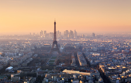 パリの夕日のパノラマ
