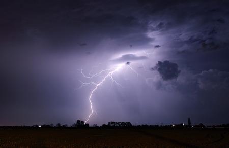La foudre et tempête