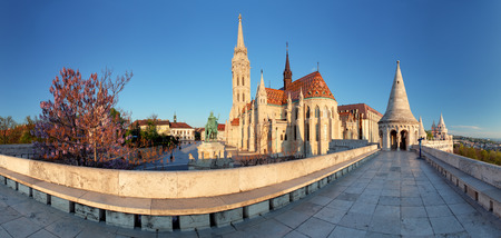 fisherman bastion: Fishermans Bastion and church in Budapest, Hungary - panorama