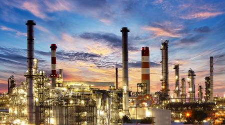 petrochemie industrie: Fabriek, Industrie, Olieraffinaderij Stockfoto