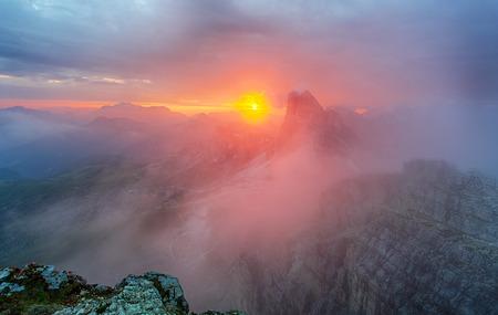 pass on: Red mountain landscape panorama, Dolomiti Stock Photo