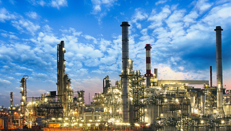 Oil and gas industry - refinery, factory, petrochemical plant Reklamní fotografie - 44009879