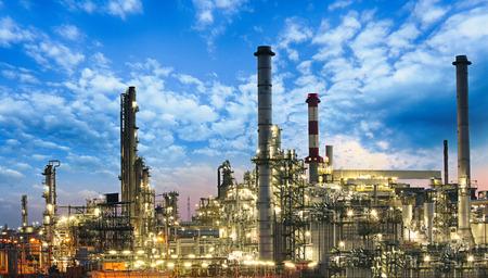 Ropný a plynárenský průmysl - rafinerie, továrna, petrochemická elektrárna Reklamní fotografie