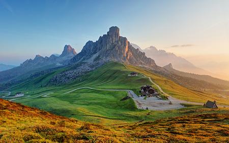 táj: Dolomitok táj Stock fotó