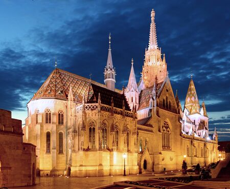 schulek: Fishermens bastion and Mathias church at night in Budapesty Stock Photo