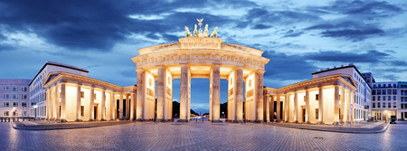 Brandenburg Gate, Berlin, Germany - panorama 版權商用圖片 - 45708339