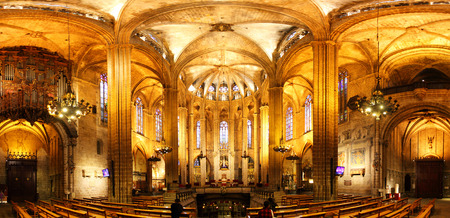 barcelona cathedral: Interior of Barcelona Cathedral, Spain - Panorama
