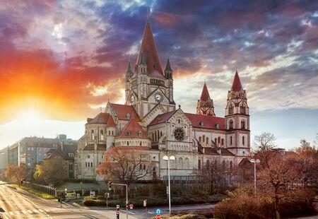 francis: Vienna - St. Francis of Assisi Church, Mexikoplatz