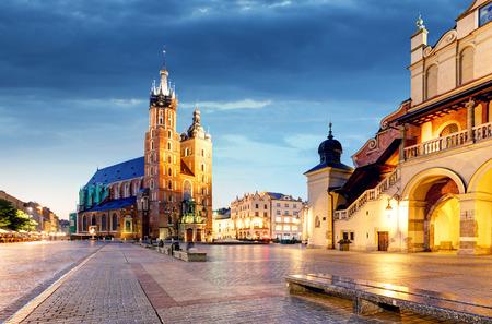 クラクフ、ポーランドの夜