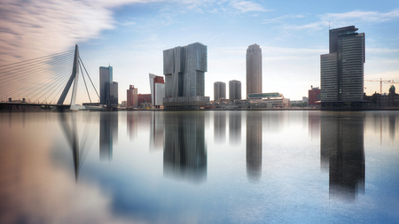 Rotterdam Skyline with Erasmusbrug bridge, Netherlands. Banque d'images