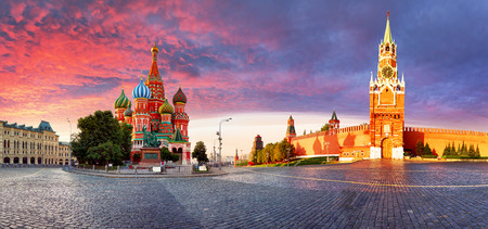 Russia - Moscow in red square with Kremlin and St. Basils Cathedral Redakční