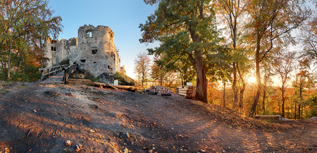 Beautiful Slovakia landscape at autumn with Uhrovec castle ruins at sunset Reklamní fotografie