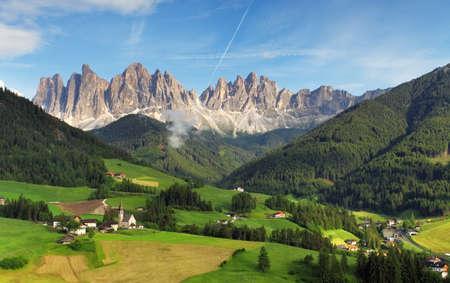 Dolomites alps, Mountain - Val di Funes Фото со стока