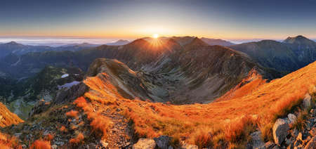 Slovakia mountain landscape at dramatic sunset, Panorama of Rohace Tatras Reklamní fotografie