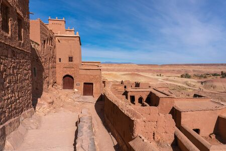 The fortified town of Ait ben Haddou near Ouarzazate on the edge of the sahara desert in Morocco. Atlas mountains. Used in many films such as Lawrence of Arabia, Gladiator Standard-Bild - 131306821