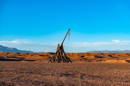 Medieval trebuchet in Sahara desert, Morocco. Atlas Mountains, Atlas Studio polygone Stok Fotoğraf
