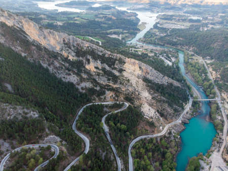 Picturesque Curvy Road and Great Dam on Oymapinar lake, Mountain and Forest in Turkey - Green Canyon in Oymapinar Mount area at Manavgat, Antalya, Turkey. 版權商用圖片