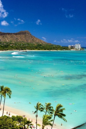 oahu: Waikiki Beach and Diamond Head Crater on the Hawaiian island of Oahu Stock Photo