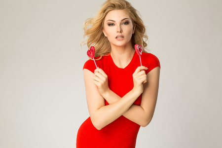 photgraphy: Valentines women with hearts