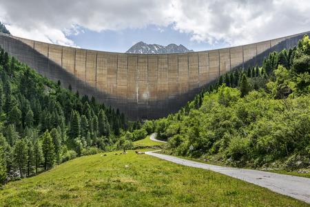 Schlegeis dam, Zillertal valley Фото со стока