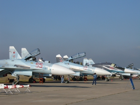 Military jet fighter planes (Russia, Zhukovsky, 12 August 2012)