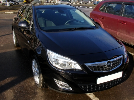 astra: Black new Opel Astra in front view Editorial