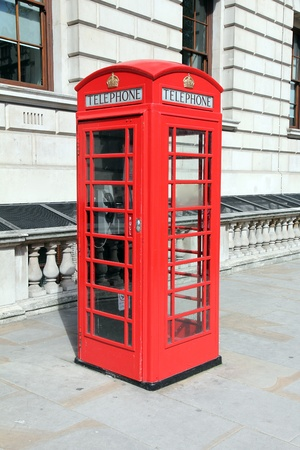 phonebooth: London red telephone box