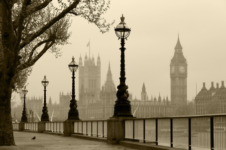 london street: Big Ben   Houses of Parliament, London in fog