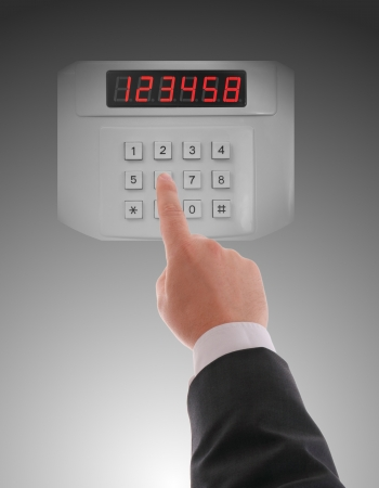 access control: Hand dialling on keypad using touch screen interface